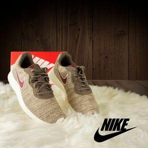Nike Tanjun Prem Womens Style